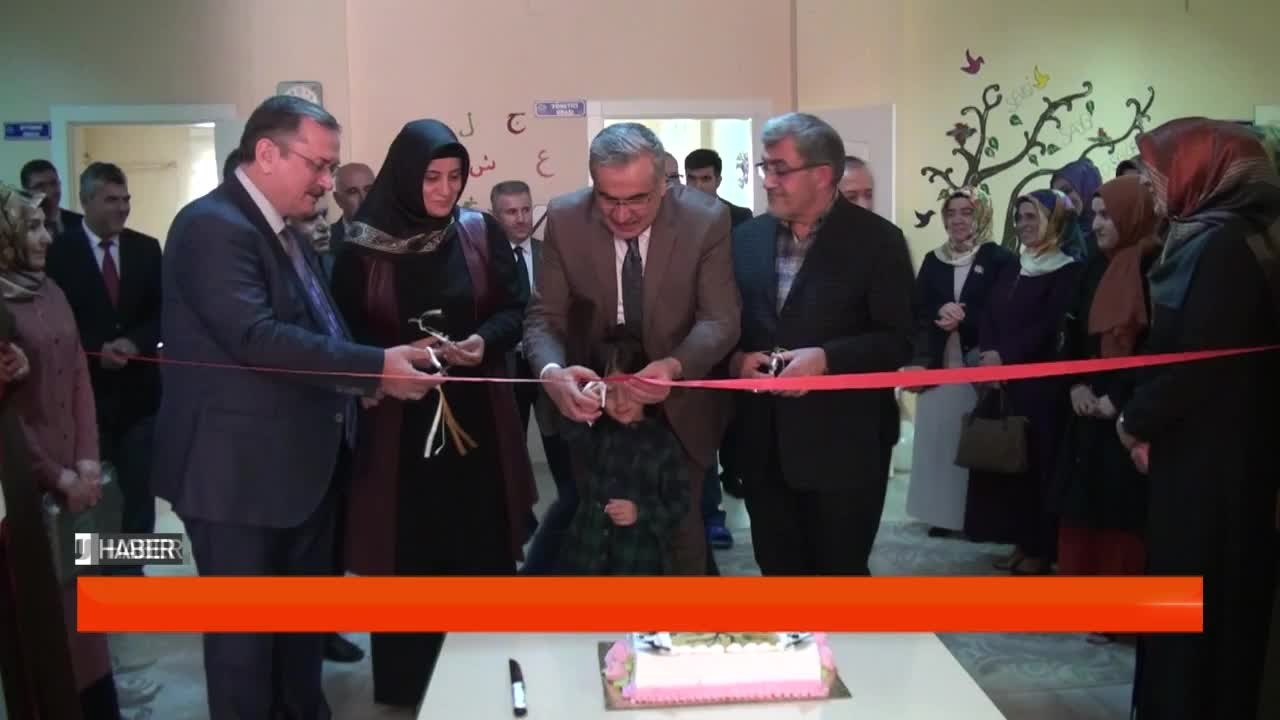 Kur'an Kursu ve Çocuk Kütüphanesi'nin açılışı yapıldı