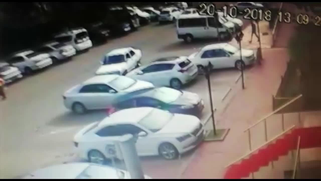 Kahramanmaraş'ta otel önünde silahlı kavga