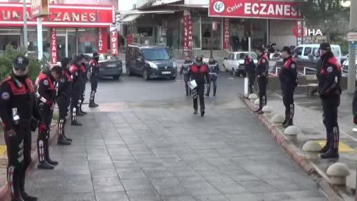 Yaşlı kadını dolandıran sahte polisler Kahramanmaraş'ta yakalandı